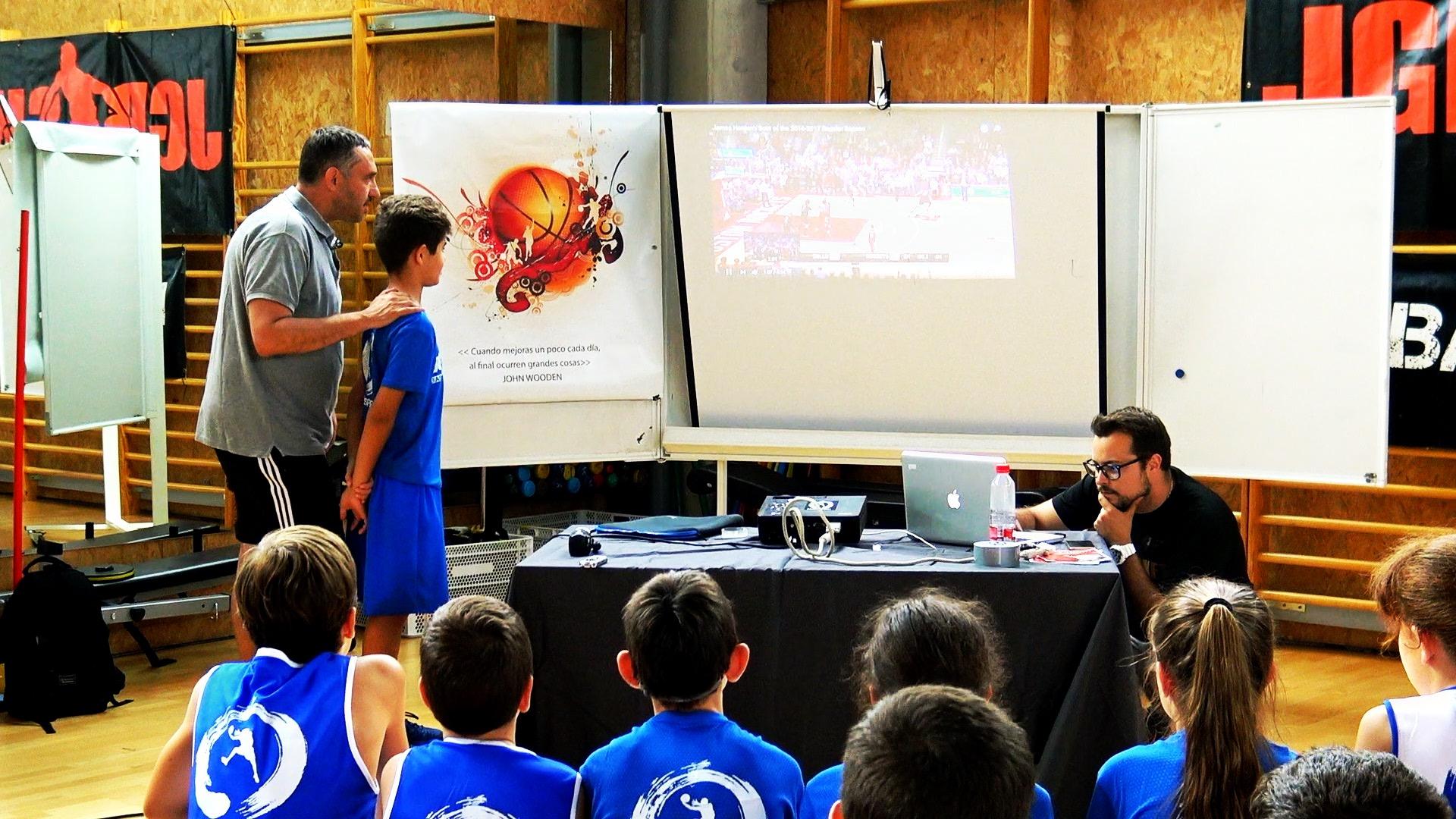 Jota Cuspinera sobre el programa Basketball Insights en el Campus JGBasket